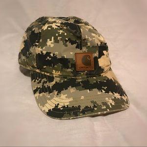 Camo Carhartt hat